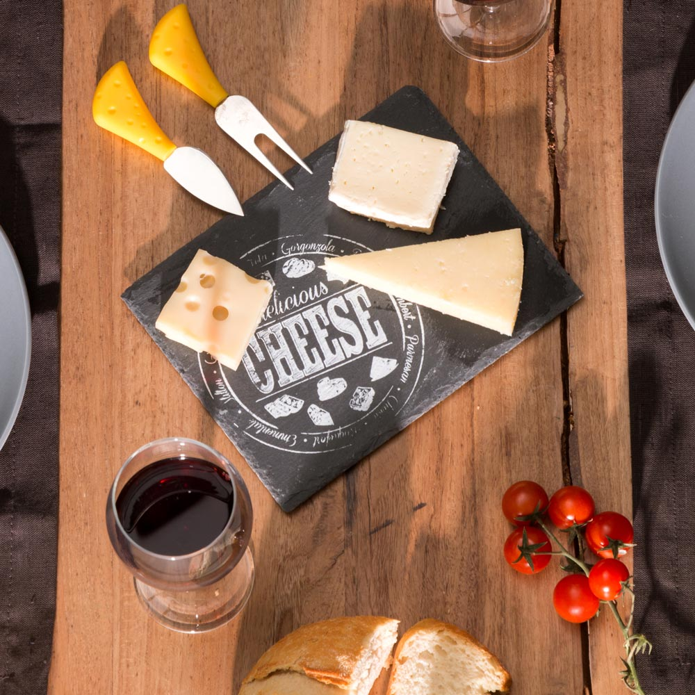 Slate-cheese-board-with-letters